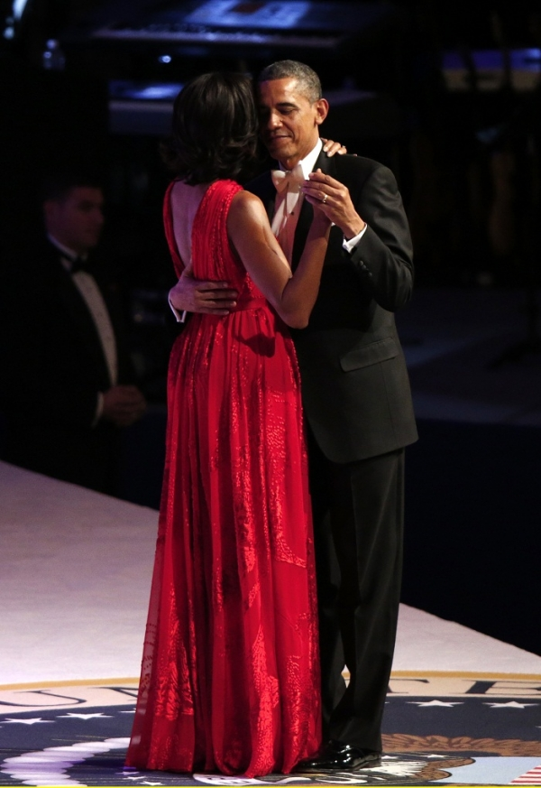 First-Lady-Michelle-Obama-wears-a-Jason-Wu-red-gown-to-the-2013-Inaugural-Ball-LaizaLounge