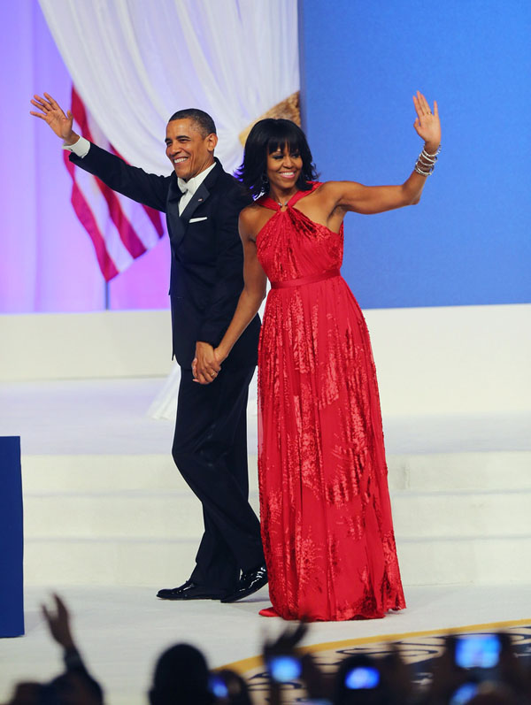First-Lady-Michelle-Obama-wears-a-Jason-Wu-red-gown-to-the-2013-Inaugural-Ball-LaizaLounge.jpg2