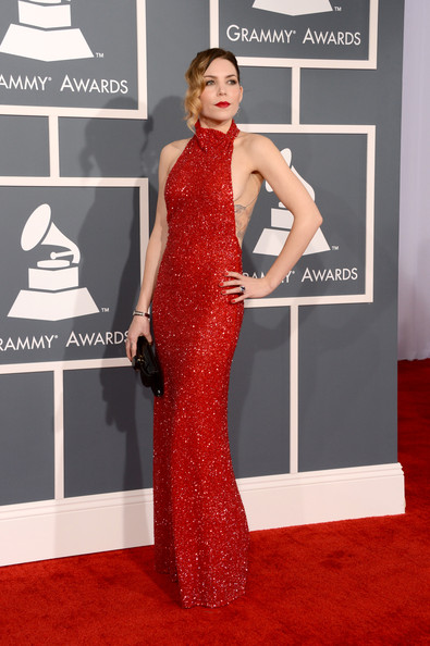 Grammys-55th+Annual+GRAMMY+Awards+ArrivalsSkylar-Grey+6UmeiibTEuTl