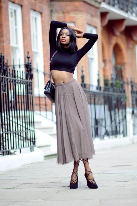 bisousnatasha_5 ways to wear a crop top 1
