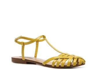 Steve Madden  Trove flat sandal